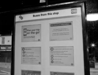 PicoSign-ePaper-busstop-information-eink-close
